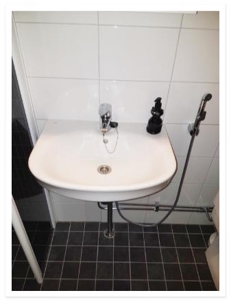 Linjasaneeraus kylpyhuone Finnplumber